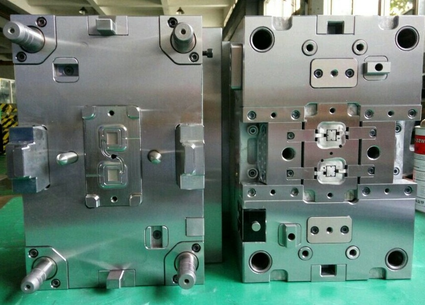 Plastics Injection Molds
